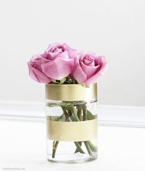 ed-gold-striped-vase
