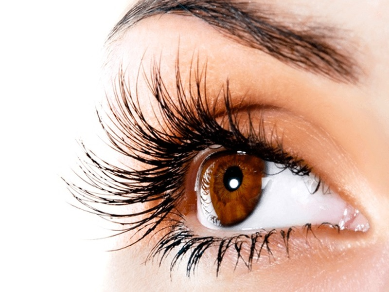 3fd0a81bdbf The Truth About Eyelash Extensions! - Styled to Sparkle