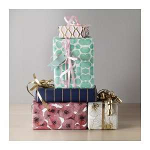 Gift Wrap | Wrapping Gifts | Presents | Wrapping Paper | Ribbon