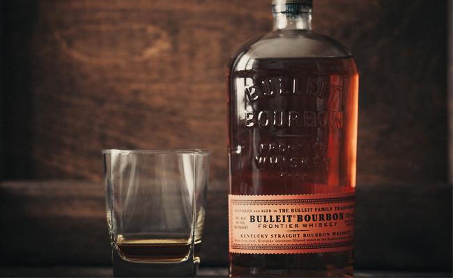Bulleit Bourbon Frontier Whiskey | 5 Best Bottles for The Whiskey Novice