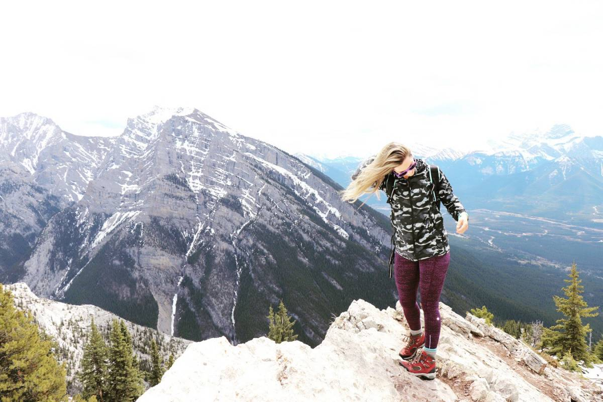 hiking for beginners, mountain top
