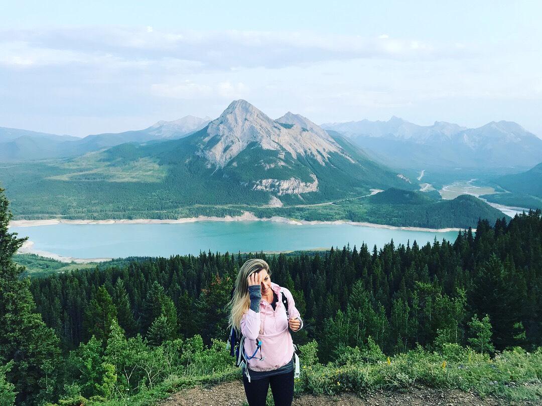 mountain lake, hiking for beginners