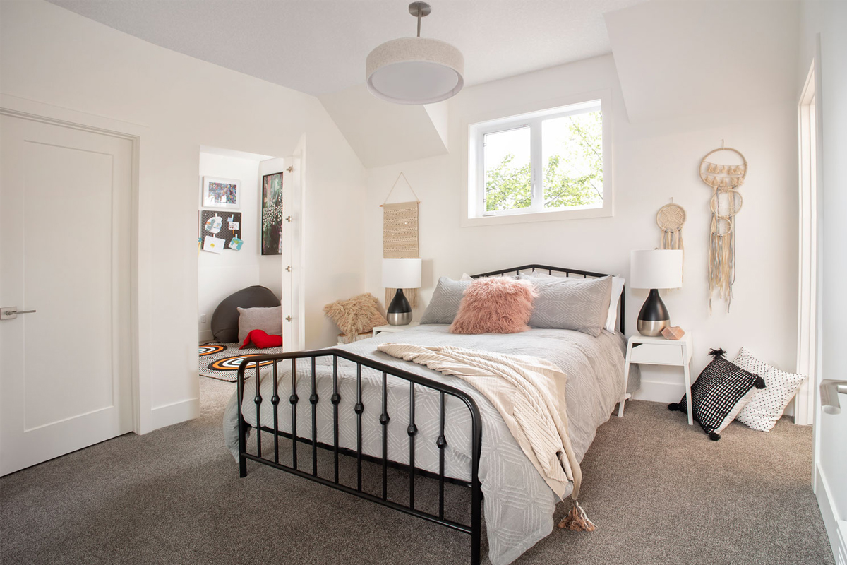Kids bedroom, childrens bedroom, custom bunkbeds, reading nook kids room, childs room ideas, calgary custom home builder, calgary luxury home builder, calgary infills