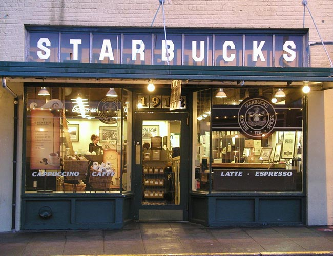 Seattle Travel Guide, things to do in seattle, what to do in seattle, pike place market seattle, weekend trip to seattle, original starbucks pike place seattle