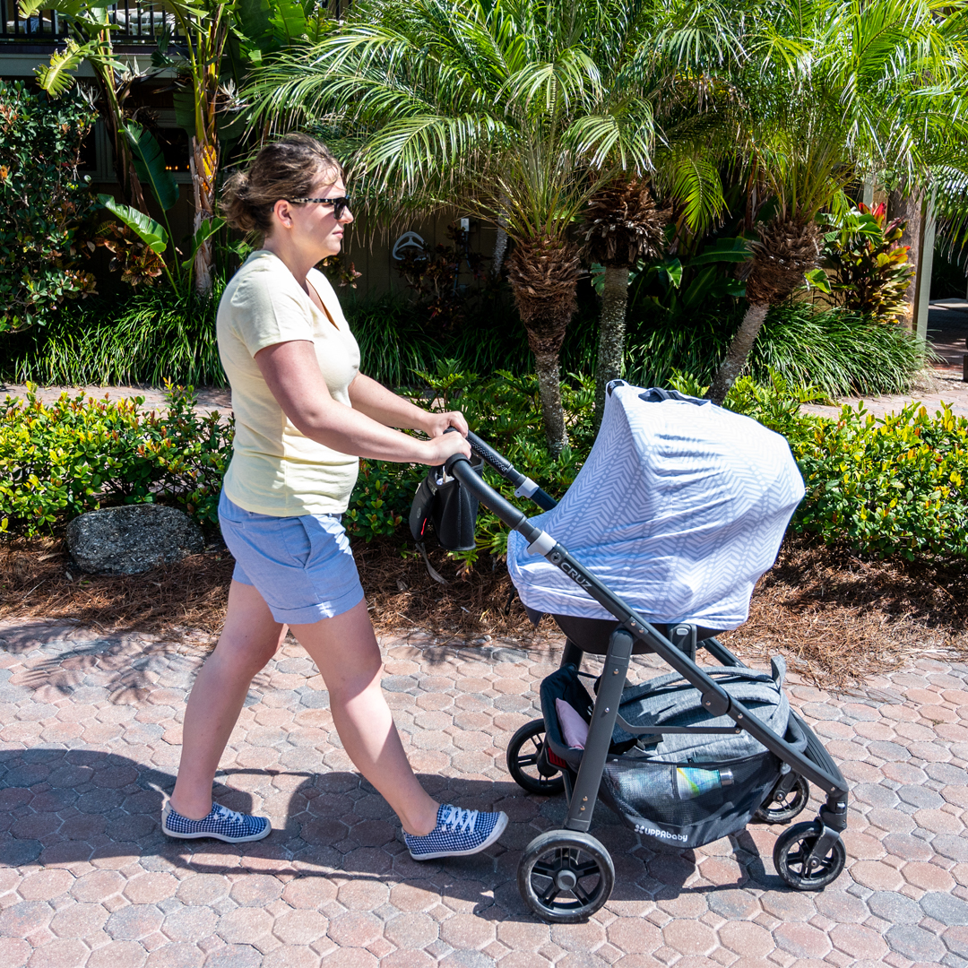 UPPAbaby Stroller, UPPAbaby CRUZ, UPPAbaby CRUZ Stroller, stroller test drive, UPPAbaby CRUZ features, UPPAbaby CRUZ review, review of UPPAbaby CRUZ stroller, Travel with Baby