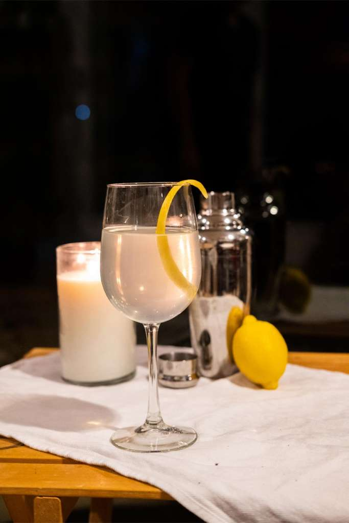 Fizzier French 75 Hard Seltzer Cocktail Recipe, hard seltzer cocktails, hard seltzer recipe, hard seltzer patio cocktails, French 75 alternative