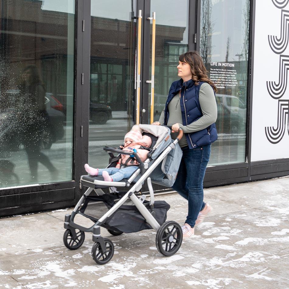 UPPAbaby VISTA stroller review, best stroller for two kids, best double stroller, UPPAbaby strollers, UPPAbaby VISTA Gregory, best stroller, modern stroller, modular stroller