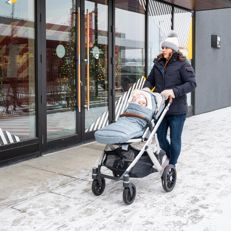 UPPAbaby VISTA stroller review, best stroller for two kids, best double stroller, UPPAbaby strollers, UPPAbaby VISTA Gregory, best stroller, modern stroller, modular stroller, UPPAbaby VISTA cozy ganoosh