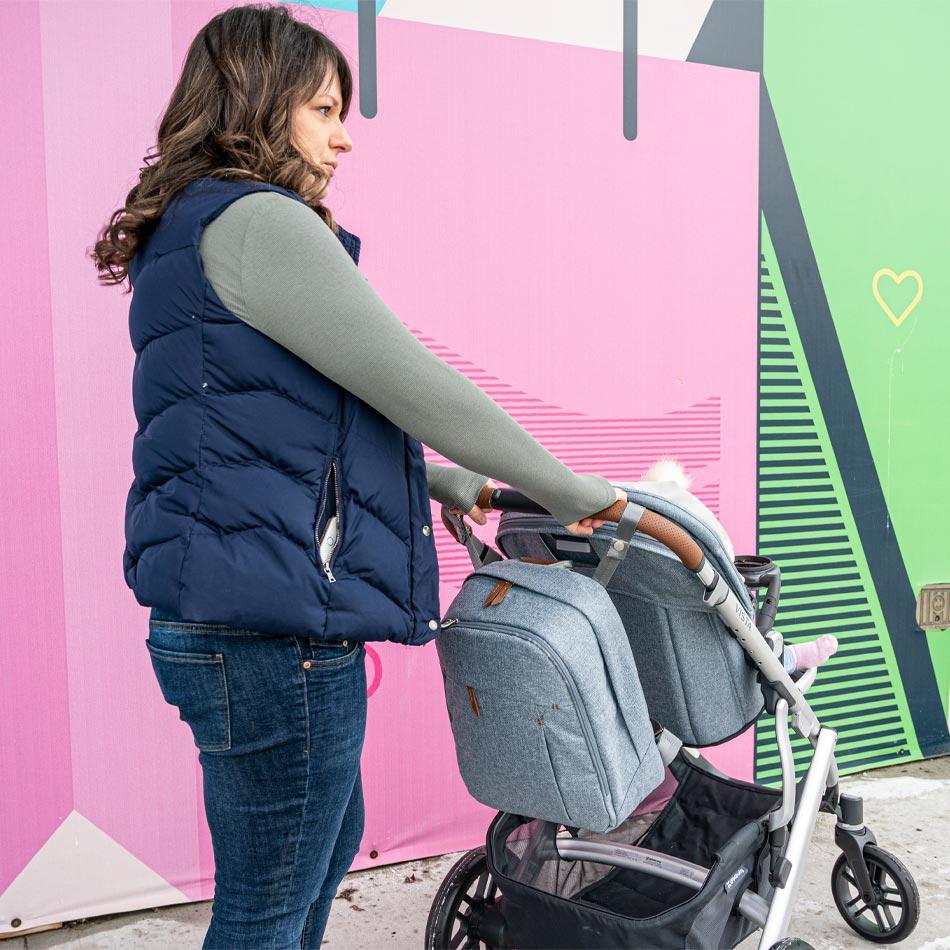 UPPAbaby VISTA stroller review, best stroller for two kids, best double stroller, UPPAbaby strollers, UPPAbaby VISTA Gregory, best stroller, modern stroller, modular stroller, UPPAbaby diaper bag